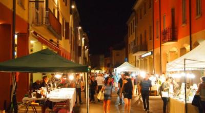 mercato serale estivo